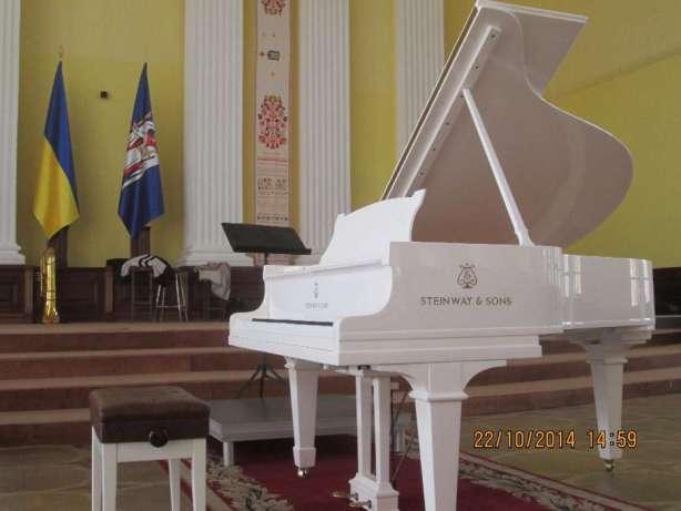 аренда белого рояля, аренда коричневого рояля ,аренда черного рояля,