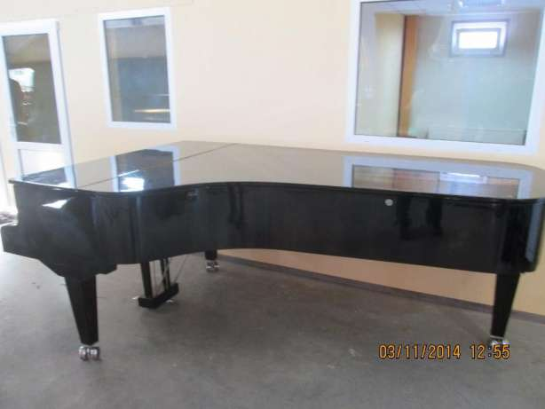 прокат черного рояля Киев,аренда черного рояля в Киеве,